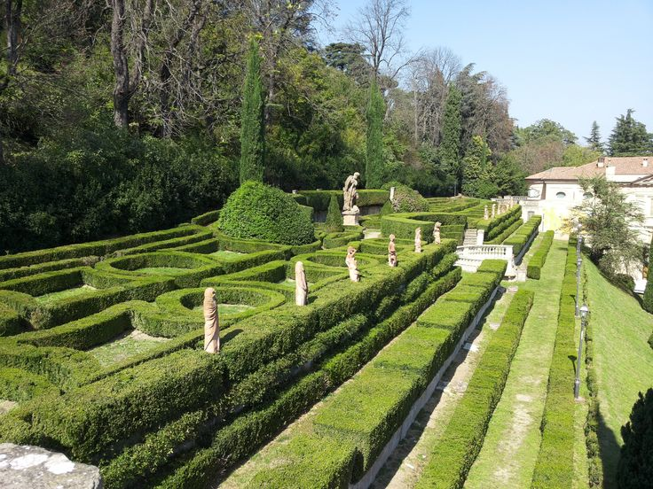 Villa Spada's garden. This park offers a beautiful view of Bologna's surrounding hills and is bordered by the Ravone river.