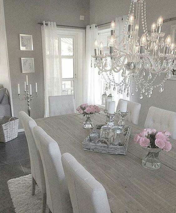 Love this table...looking chairs are nice as well.... beautiful dinning room 😙