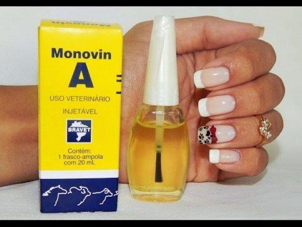 Meninas dica maravilhosa pra quem quer ter unhas compridas e fortes monovin A na base 10 gotinhas e o resultado é garantido eu já uso no shampoo e agora achei mais uma finalidade