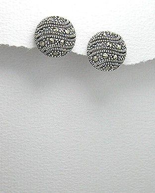 http://silverstar4u.eu/index.php?id_product=167&controller=product&id_lang=2 Cercei din argint 925 decorati cu marcasite. Dimensiuni: 13 mm diametru. Greutate: 3,8 gr.