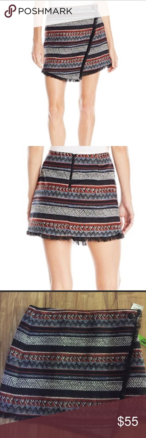 Sam Edelman Skirt Sam Edelman Aztec print skirt size 8 Sam Edelman Skirts