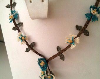 Blue Flowers Necklace, Blue Crochet Necklace, Floral Necklace,Aquamarine Necklace,Sapphire Necklace,Statement Necklace,creme bridal necklace
