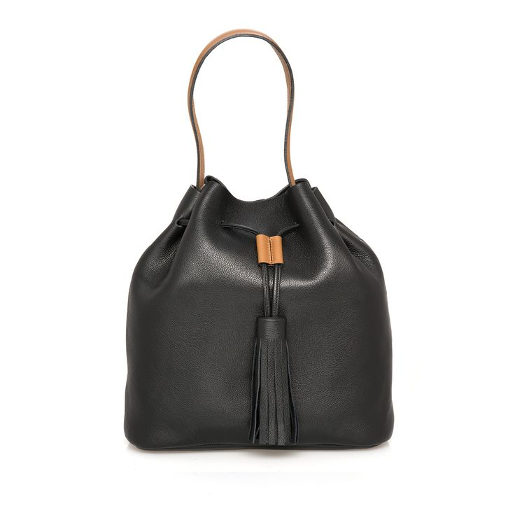 Th Theresa Black grain leather