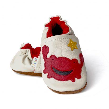 Zapatitos de bebé para primeros pasos. Calzado para bebé, hecho en Colombia patoszapatos.com. Ideales para gateo y primeros pasos. Encuéntralos en nuestra tienda online https://www.patoszapatos.com/zapato-para-primeros-pasos-del-bebe/