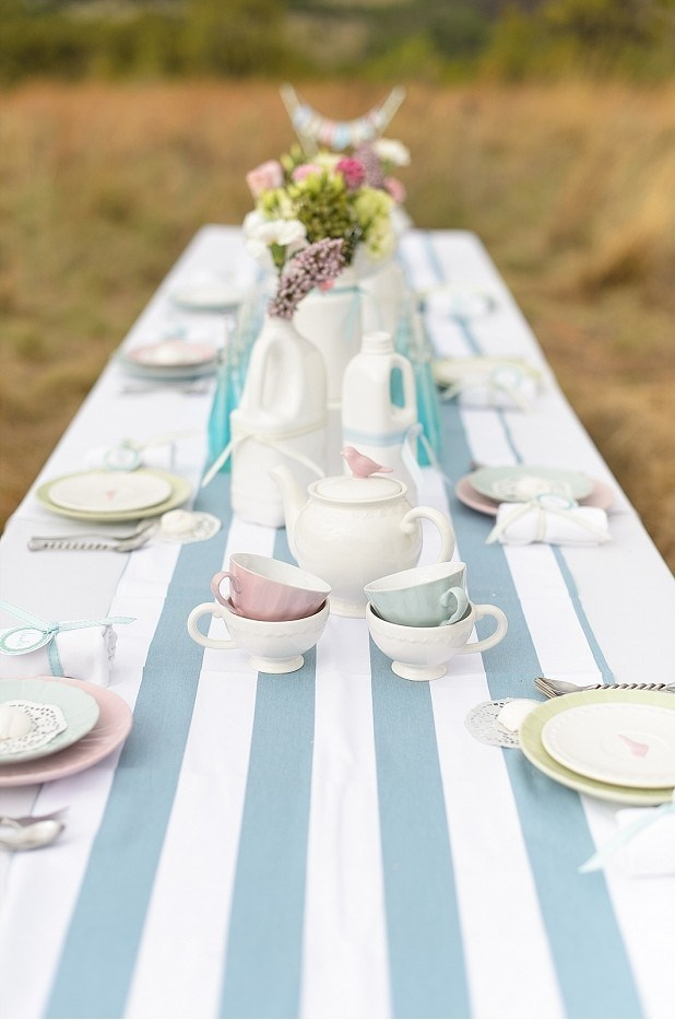 Beautiful country-chic party www.piccolielfi.it