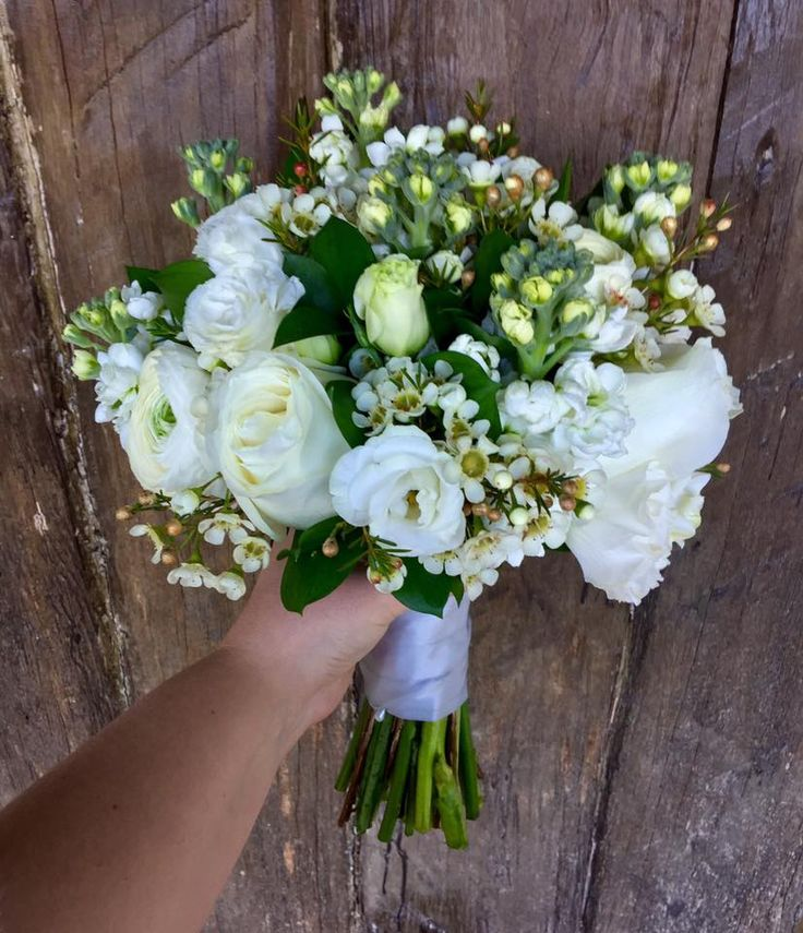 54 best Whimsical White Wedding Bouquets images on Pinterest | Weiße ...