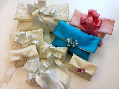 Weddings Luxury | Il Portale del Wedding in Italia - ИТАЛЬЯНСКИЙ СВАДЕБНЫЙ ПОДАРОК. Wedding favors made in Italy. Eleganti e raffinate pochette in tessuto come cadeau de mariage