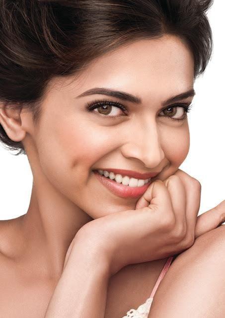 Deepika  Padukone -   Million Dollar Smile + Dimples !!!