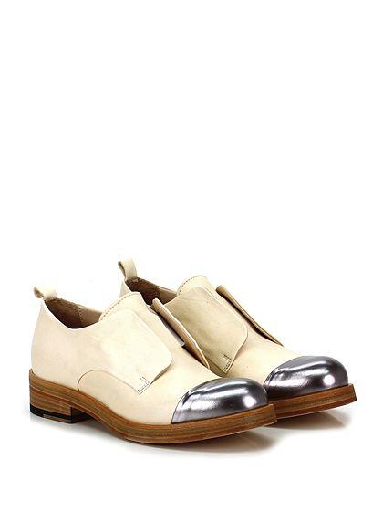 Ernesto Dolani - Scarpa bassa - Donna - Scarpa bassa in pelle e pelle laminata ccon fascia elastica interna e suola in cuoio. Tacco 35, platform 15 con battuta 20. - CREMA\PIOMBO - € 198.00
