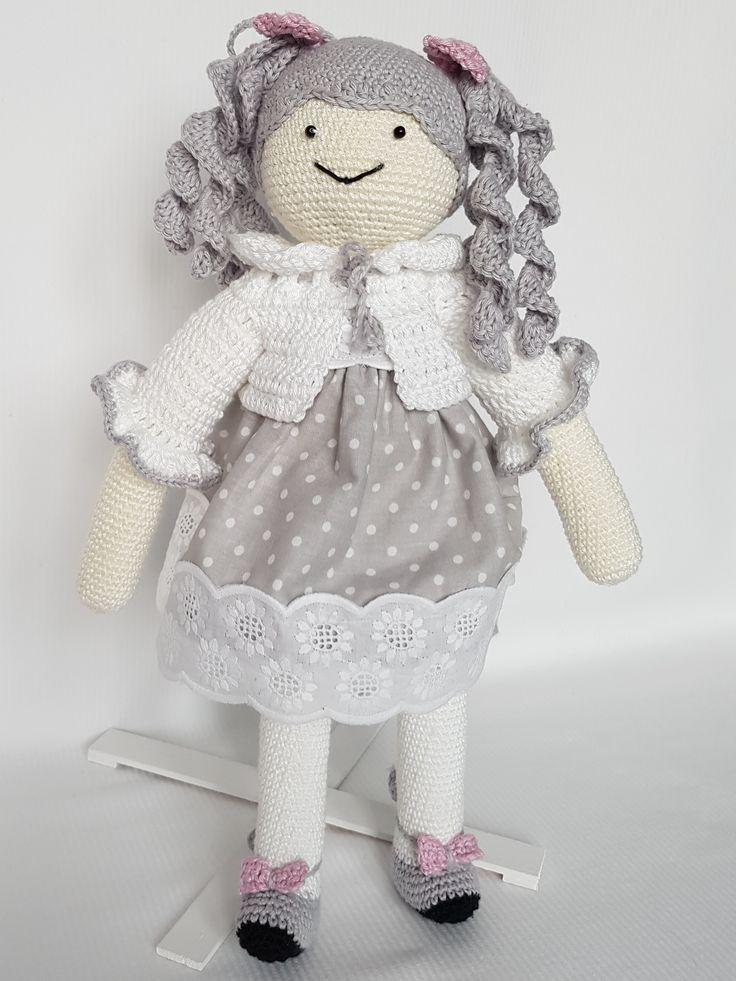 Crochet doll Ala. Lalka zrobiona na szydełku Ala. hand made dolls cotton crochet toy gift girl lalki szydełko zabawka ręczna praca ręczne robótki bawełna