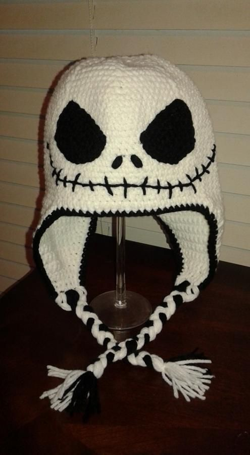 Jack Skellington Hat Knitting Pattern : jack skellington by Craftybear Crochet Hats, Hoods & Beanies Pinteres...