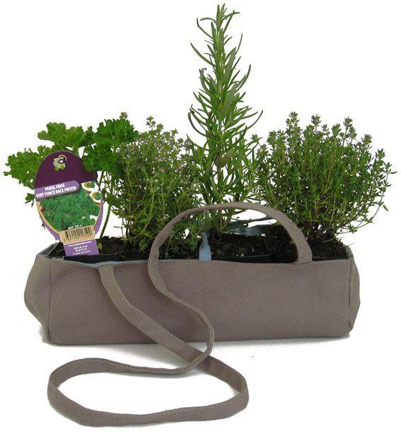17 migliori idee su appendere vasi di fiori su pinterest - Porta piante aromatiche ...