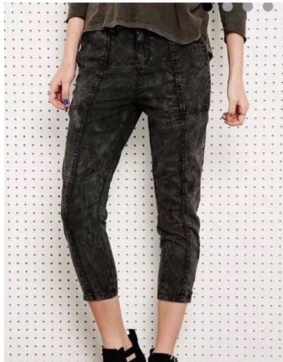 Urban Outfitters ECOTE Acid Washed Cropped Pants Crop Pant Size 30 Nwot   | eBay