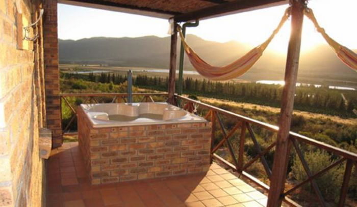 Wolfkop Nature Reserve Mountain Cottages (C) TravelGround
