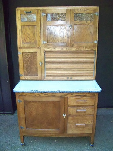 1000 ideas about kitchen maid cabinets on pinterest hoosier cabinet 1920s kitchen and. Black Bedroom Furniture Sets. Home Design Ideas