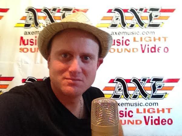 Join me every Tuesday for DJ interviews http://djhangout.ca Facebook facebook.com/djhangout