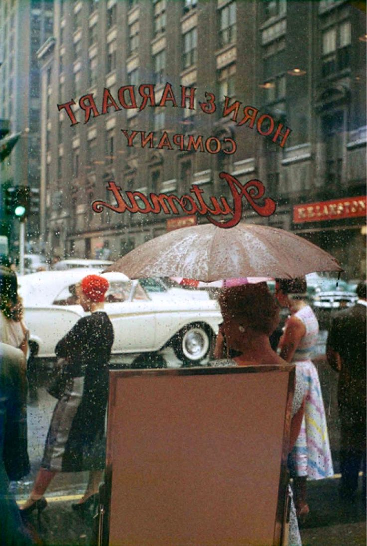 Photographed by Saul Leiter in New York (1959)