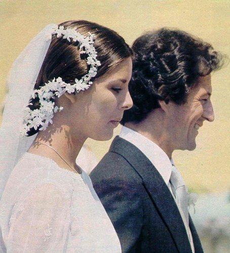 Coiffure mariage : Caroline di Monaco e Philippe Junot  HER FIRST HUSBAND A WOMANIZER !