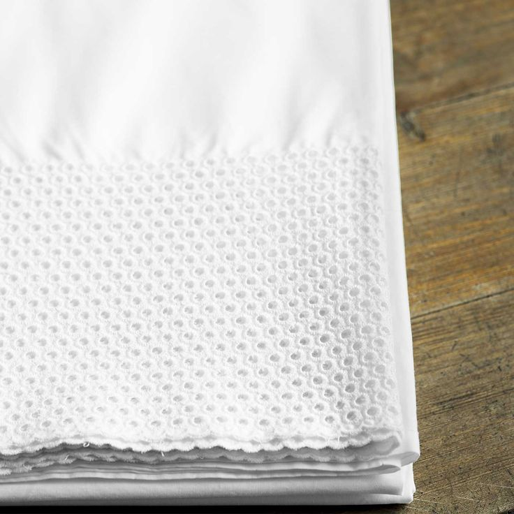 Beautiful embroidery on Pearl pillowcases.