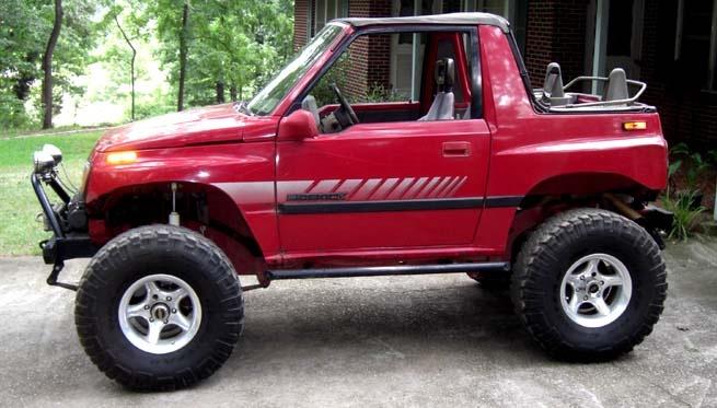 Solid axle Suzuki Sidekick soft top