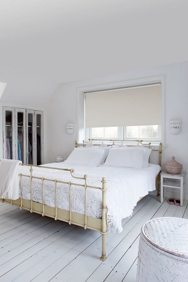 17 beste idee n over kleine ramen op pinterest klein raamgordijnen kleine raam decoraties en - Ruimte model kamer houten ...