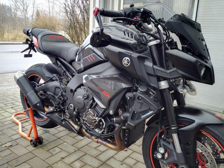 Motea Tourtecs Sitzbankumbau bei einer Yamaha MT 10