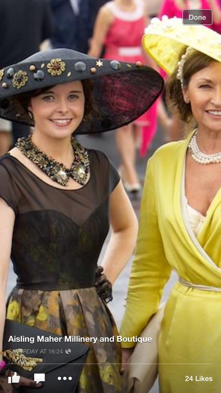 Love this handmade collar from the aisling maher boutique Adare!!