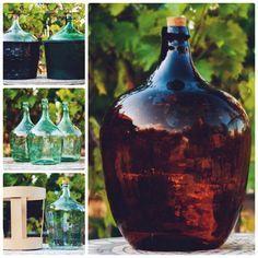 Вместить все  Бутылки из стекла были востребованы во все эпохи. Особенно, в виноварении. Сулеи и большие бутылки используются для приготовления сусла, брожения и выдерживания дома вина, коньяка и других алкогольных напитков. Так же, бутылки с широким горлышком можно использовать для солений.    http://omega-art.com.ua/category/butyli-sulei-boljshye-butylki/  Стоит отметить сулеи в корзинах. Собственно корзина оберегает бутылку от нежелательных повреждений.