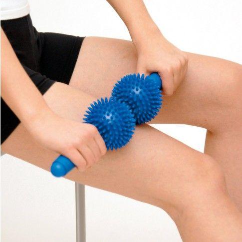 Spiky Twin Roller szwedzkiej firmy Sissel jest unikalnym i łatwym w użyciu przyrządem do masażu ciała, składacym się z dwóch piłeczek z wypustkami o średnicy około 10 cm obracających się na jednej osi. Dostępny na www.OrtoModa.pl