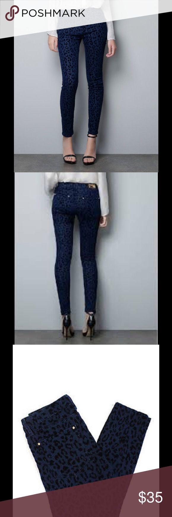 "Zara Blue Animal Print Slim Skinny Pants Very Good Condition Waist: 28"" Hips: 31"" Inseam: 29  Velvet Textured  3 Front, 2 Back  Zipper Fly Closure Material: Cotton Blend Zara Pants Skinny"