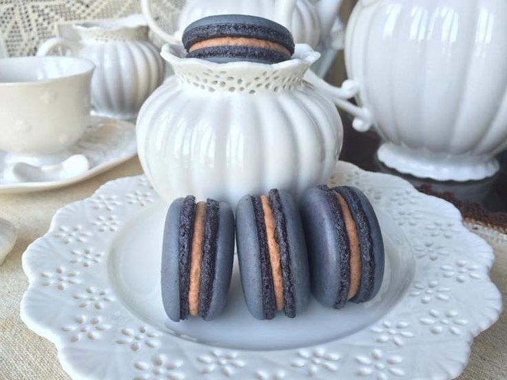 Black Nutella Macarons. These are Gorgeous and Delicious! Best Macaron in Ottawa <3 Get more Cute Macaron ideas on www.CarlasCakesOnline.com