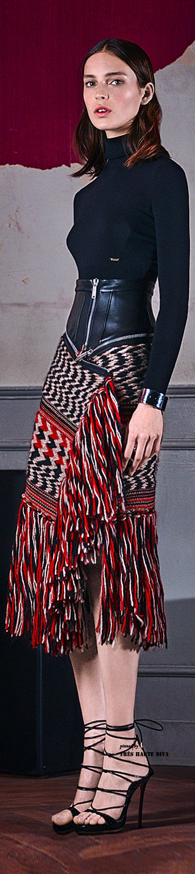 Great inspiration for diy skirt! Overlapping wove fabric and leaving fringe e to accent. Dsquared2 Pre-Fall 2015 | couture … runway