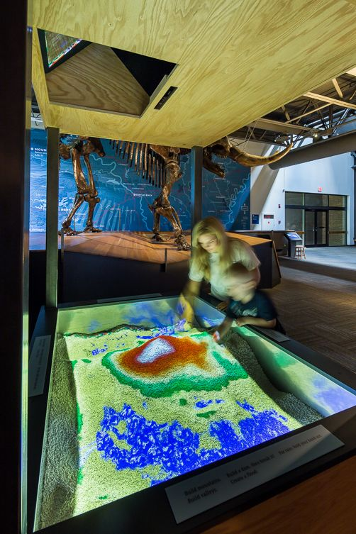 AR Sandbox for modeling watersheds at Mid-America Science Museum