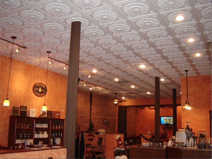 This New York restaurant installed Ceilume's Medallion ...