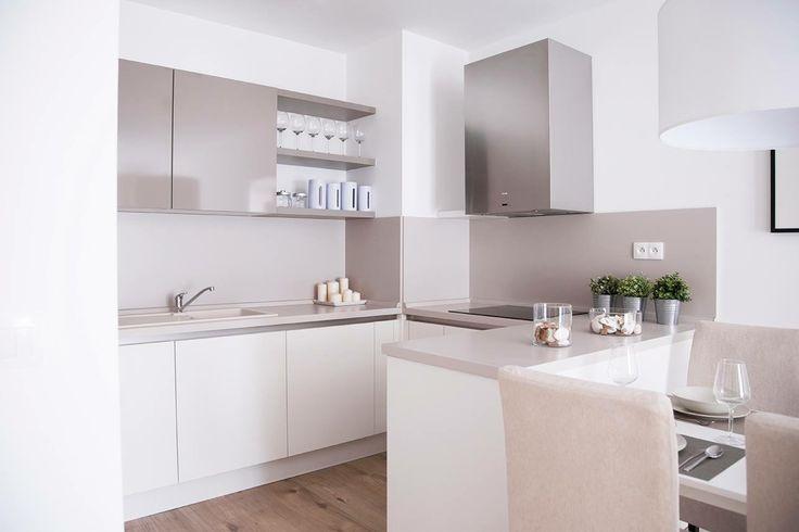 model apartment- kitchen