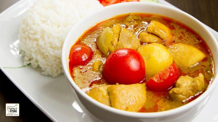 ♥ Podéis ver los ingredientes aquí: http://cocinothai.wordpress.com/2013/06/24/pollo-al-curry-amarillo/  Es facilmente adaptable :-)