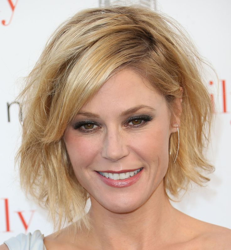 Julie Bowen's messy cut - Celeb Short Hairstyles That'll Make You Want to Chop Off Your Locks - Photos