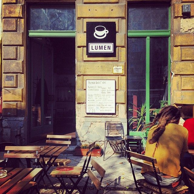 Lumen Kávézó is a coffee shop and art gallery located on a charming square in the students district of Pest. The aim of the gallery is to promote international photography trends in Hungary, while the coffee shop roasts it's own very good coffee and has a great selection of local wines and craft beers.