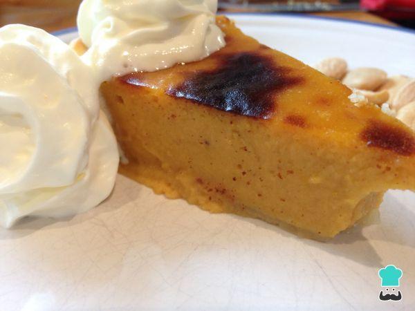 Aprende a preparar pastel de boniato americano con esta rica y fácil receta. Este pastel americano de boniato o batata es un postre dulce suculento, perfecto para...
