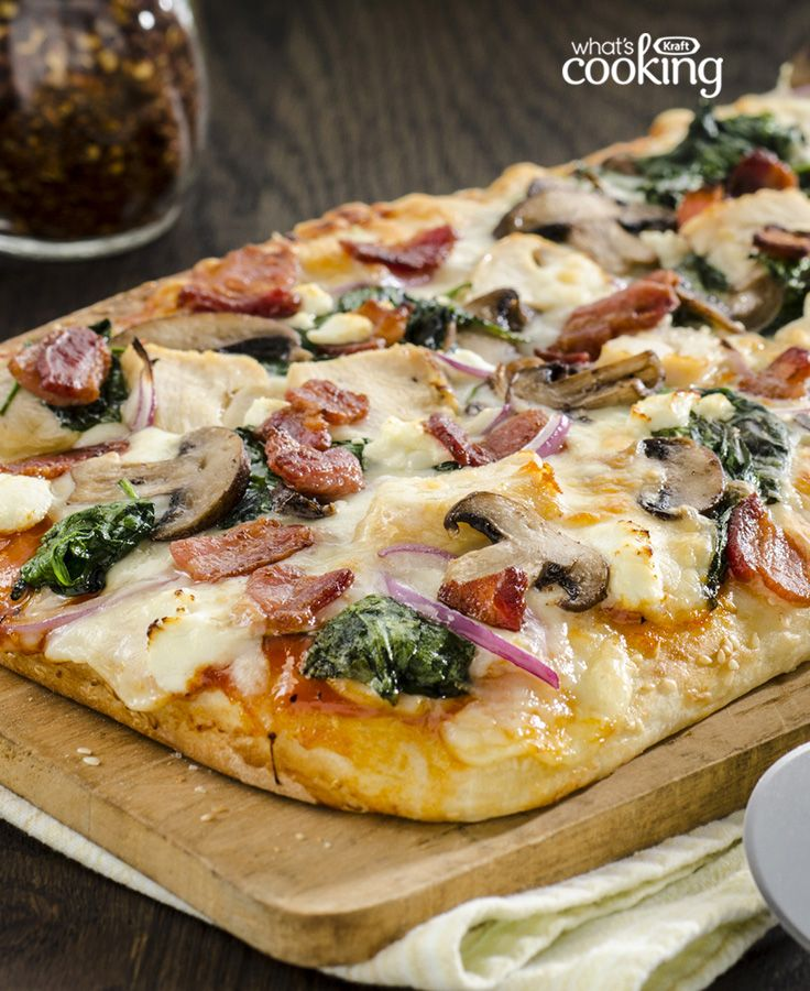 Chicken and Bacon Pizza with Spinach and Mushrooms #recipe