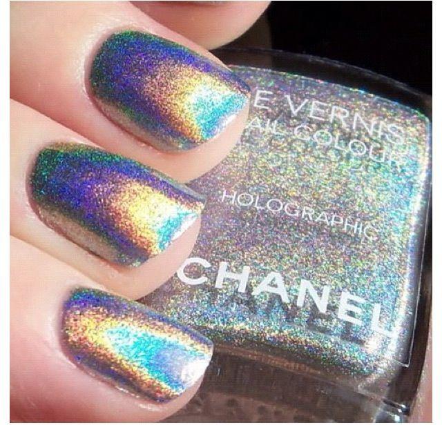 Chanel Holographic Nail Polish: Iridescent Chanel Nailpolish Beautiful