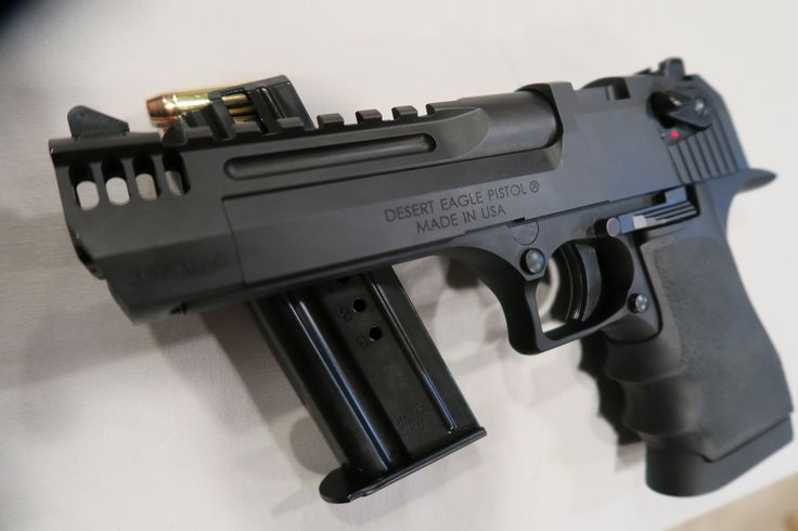 Desert Eagle L5 Using an aluminum frame, 5″ long barrel/slide, along with numerous lightening cuts, the L5 weighs almost a pound less than the standard Desert Eagle. In spite all of the weight reductions, early testing seems to indicate this pistol...