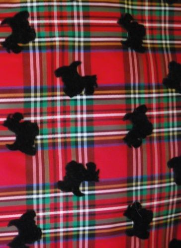 Material-Fabric-19-034-x-60-034-Red-Plaid-Taffeta-with-raised-Black-Scotty-Dogs