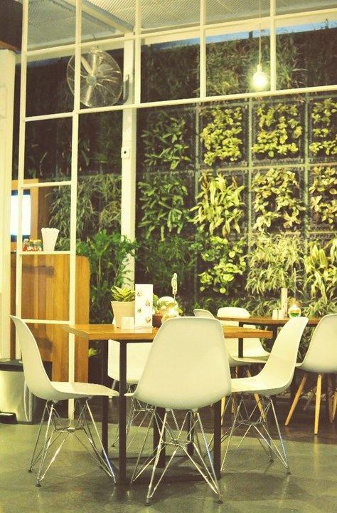 Interior decoration terima jasa service all furniture for Jasa buat kitchen set