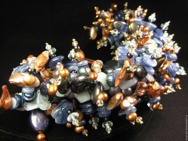 Купить БРАСЛЕТ ИЗ КИАНИТА (с эффектом дополнительного объёма) - синий, кианит натуральный