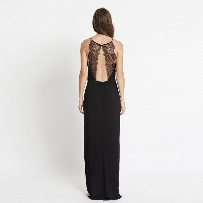 La petite robe noire Samsoe Samsoe sur le site The Place to Dress