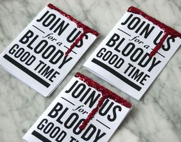 Halloween Party Einladung künstliches Blut Fleck Basteln