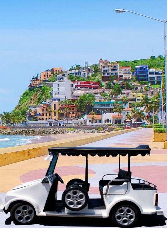 Recorre las coloridas callecitas de #Mazatlan en uno de estos carros. Placeres de la #CostaDelPacifico.