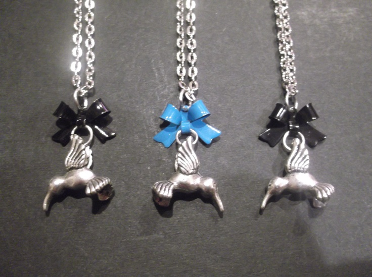 Small Silver Hummingbird Necklace  Length-49cm  Price- $15  Contact- kendal.halloran@gmail.com