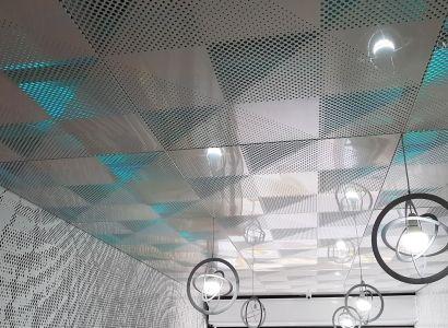 ΨΕΥΔΟΡΟΦΗ ΜΕ ΦΩΤΙΣΜΟ  Perforated Aluminum suspended ceilings in unique patterns. Metalaxi Innovative Architectural Products. www.metalaxi.com Life is in the details.